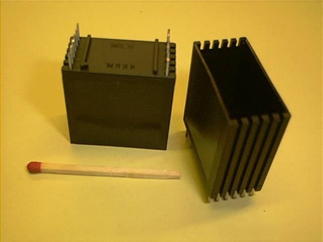 Gehäuse, vertikal, 30x15x30 mm für 12 Stifte
