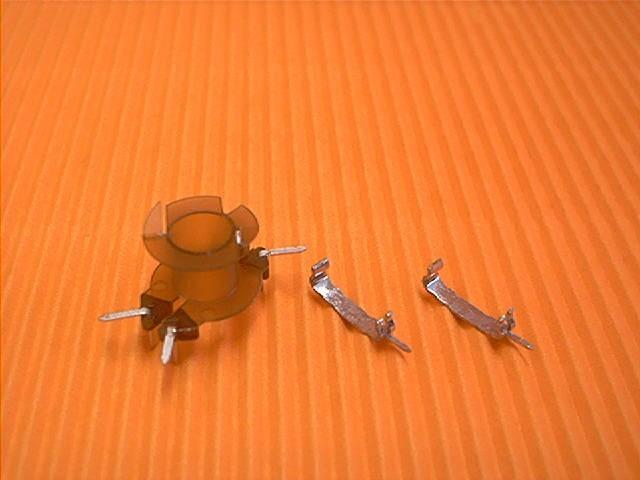 RM 6 Spulenkörper für Feindrähte, 4 Pins, 1 Kammer