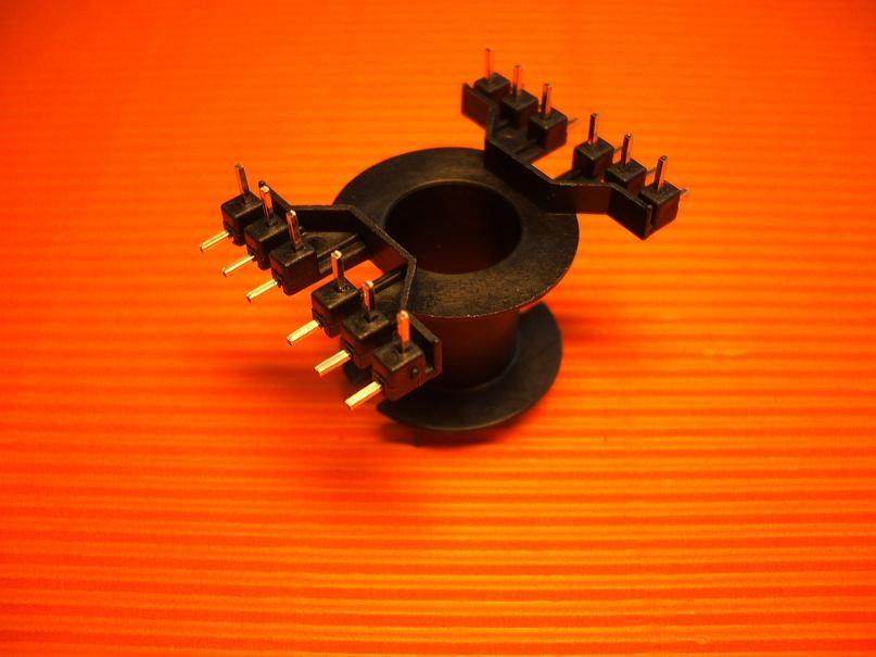 RM 14 Spulenkörper, dual-in-line, 12-polig, 1 Kammer