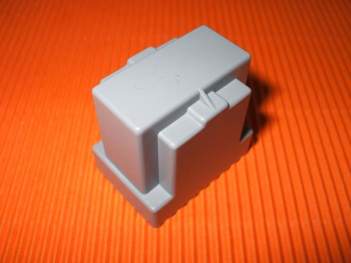 EF 32 Potting box, vertical